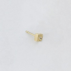 5x5mm square round ear post to PP25 strass