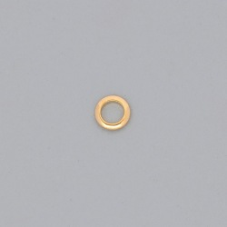 Brass ring Ø 6x1,3mm half round shape.