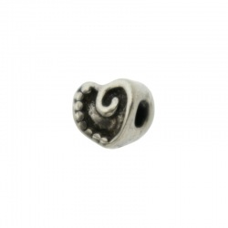 Heart spacer 11x11mm. Hole Ø 4mm.